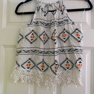 White tank top with pattern